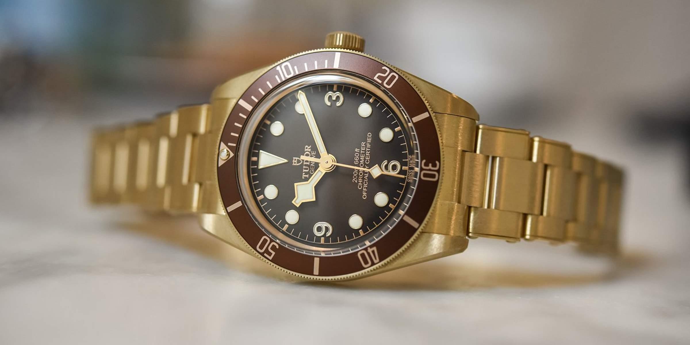 CAM-1795-Bronze-Black-Bay-2-1