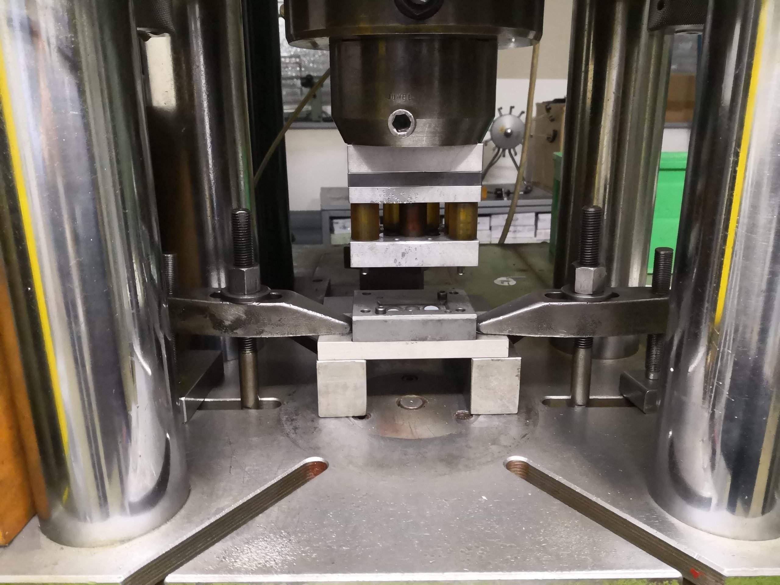 150-ton press