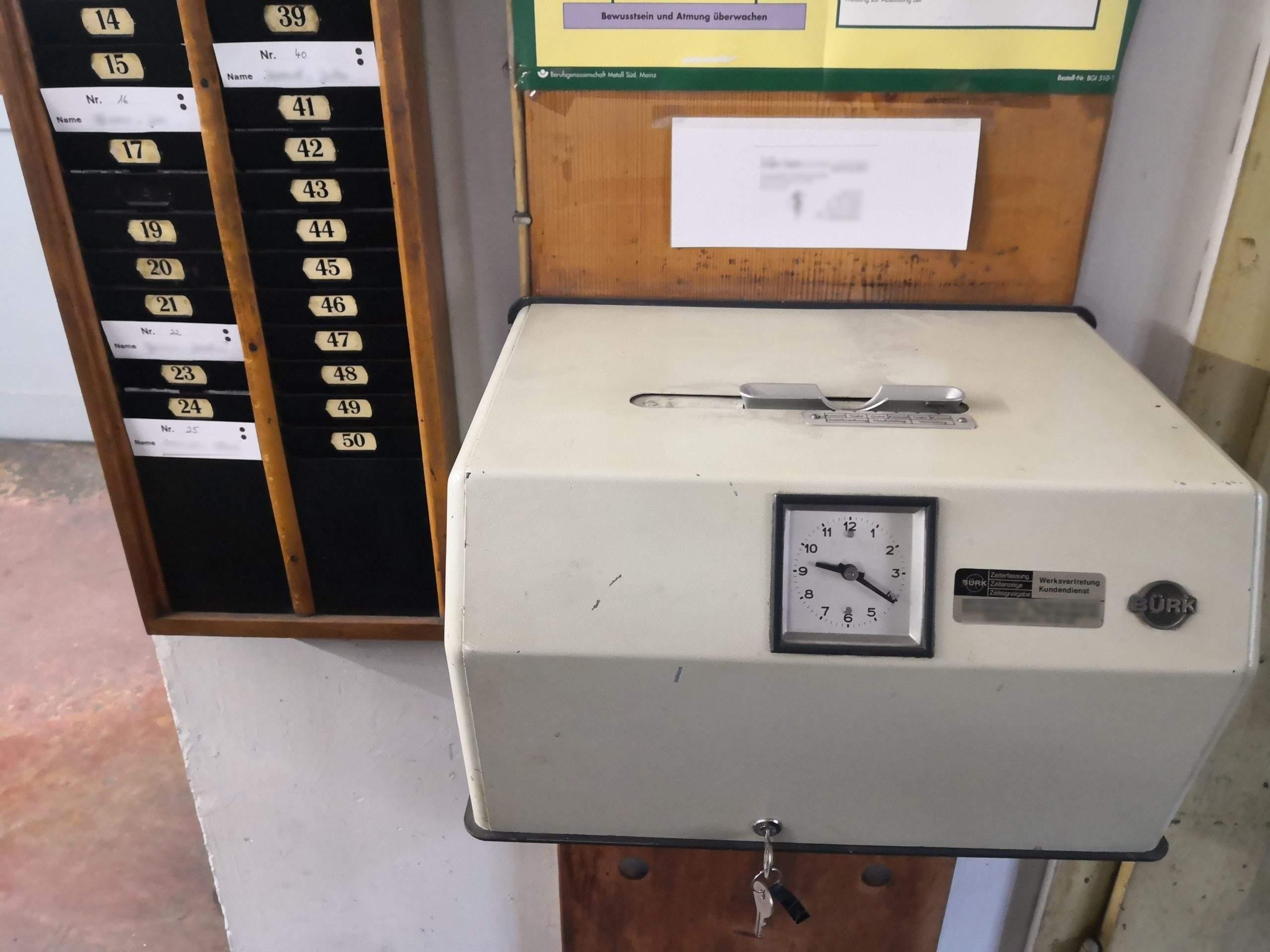 Mechanical time clock