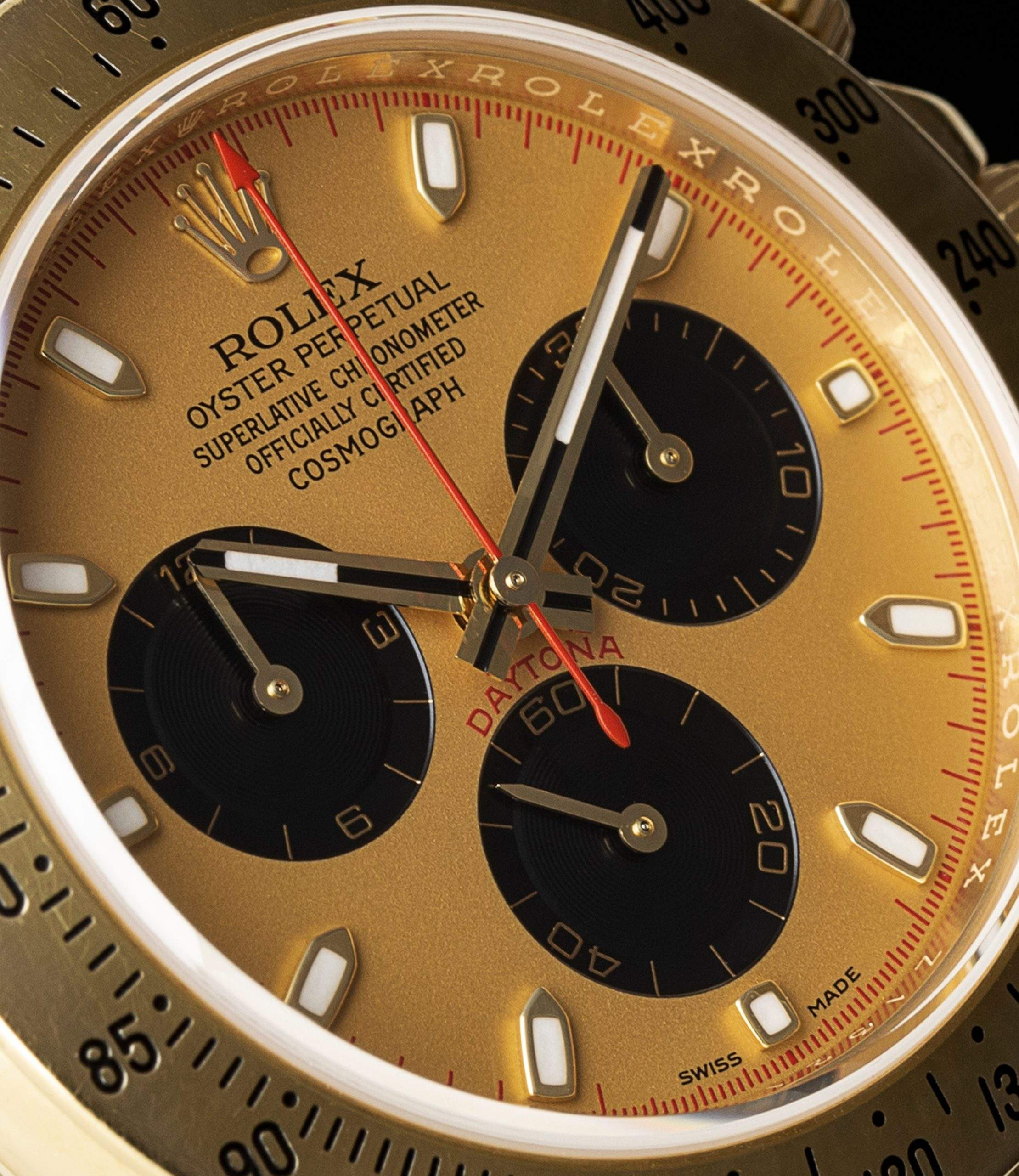 Rolex Daytona ref. 116528 is, without a doubt, the star of watches in The Wolf of Wall Street.