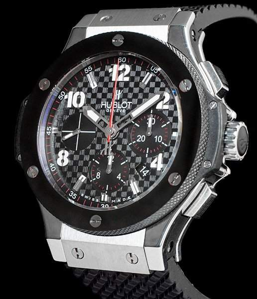 Hublot Big Bang ref. 301.SB.131.RX with a 44-mm stainless steel case and ceramic bezel