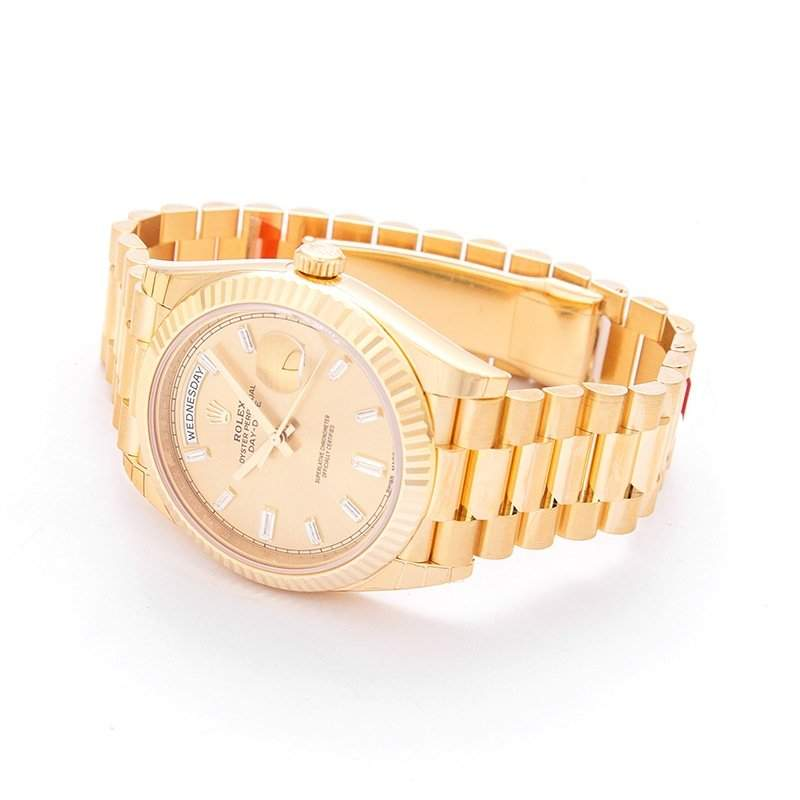 The Rolex Day-Date in yellow gold: a golfer's favorite