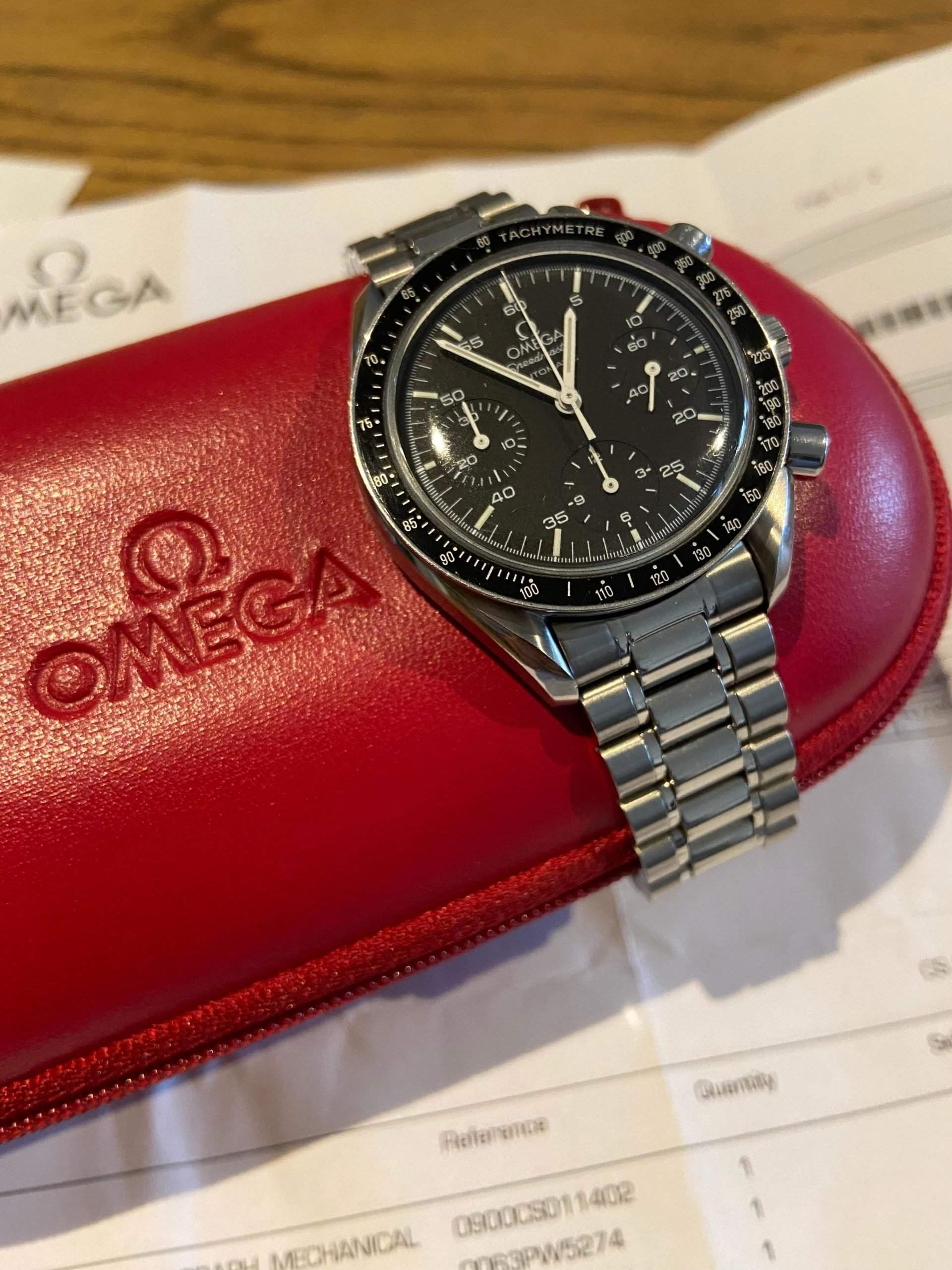 Compact 39-mm case, familiar design, and an automatic movement: The Speedmaster Reduced is a great entry-level Omega.