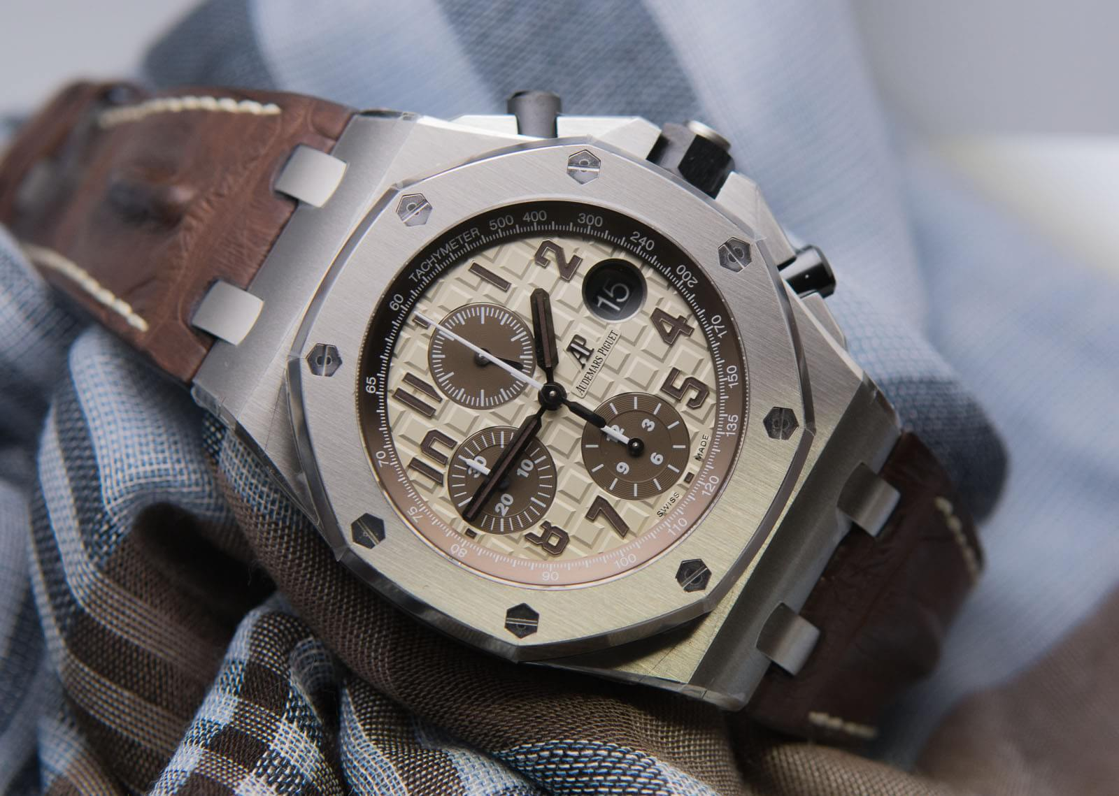 watch industry The swiss watch industry is in trouble swiss watch industry exports fell faster than at any other time in the first half of the year, said a report that was.