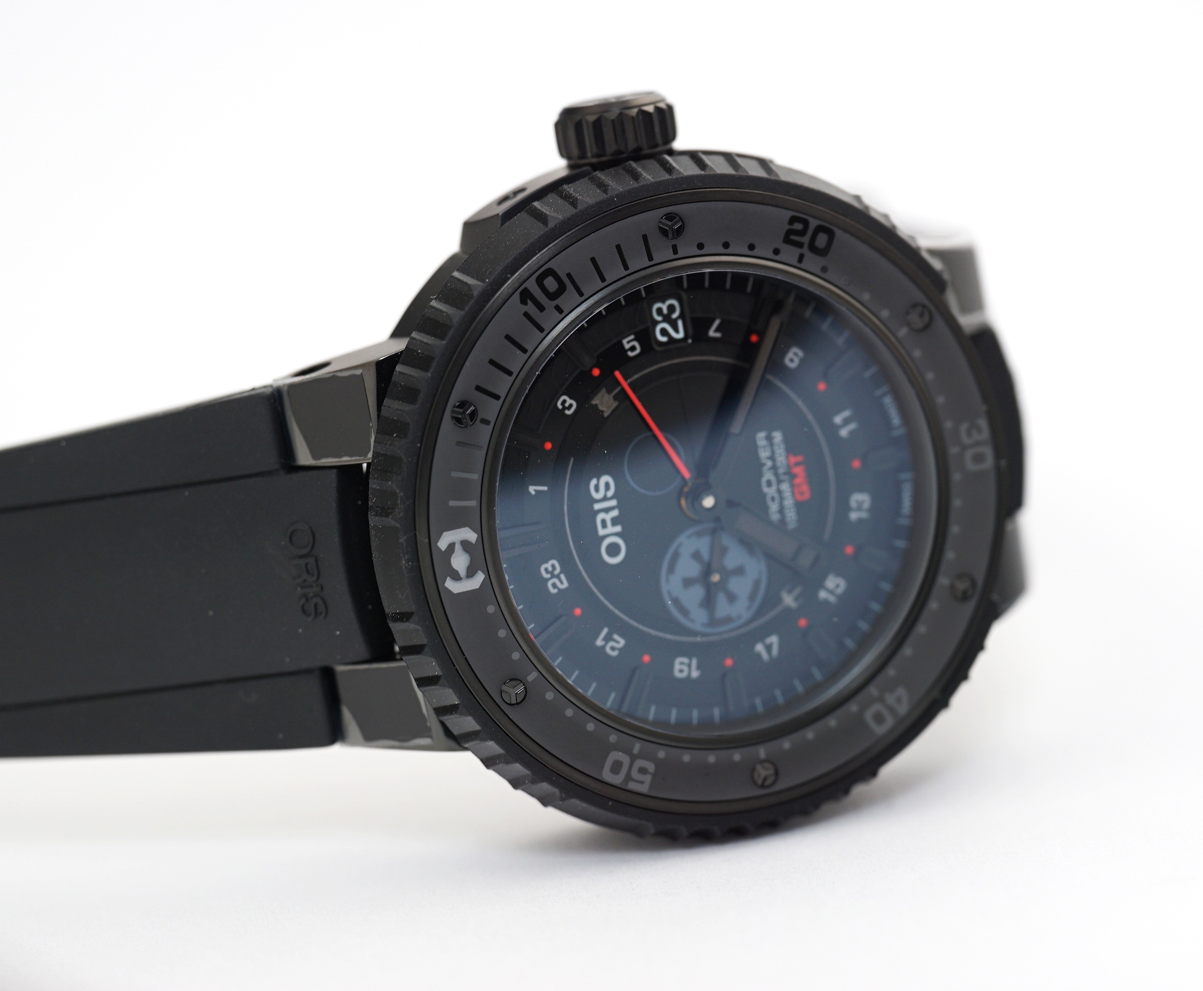 Feeling drawn to the dark side? Oris offers a special Star Wars Darth Vader Limited Edition.